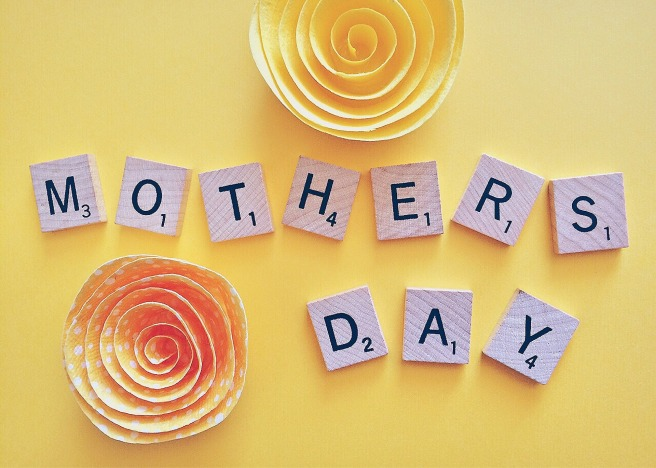 mothers-day-1372456_1920.jpg
